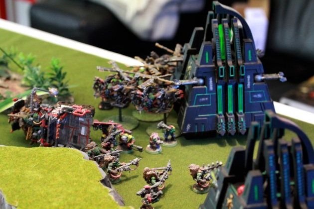 Burna Boyz clean out the Immortals and DeffKoptas disobey orders and attack the Monolith without any chance of hurting it. Stupid koptas ..