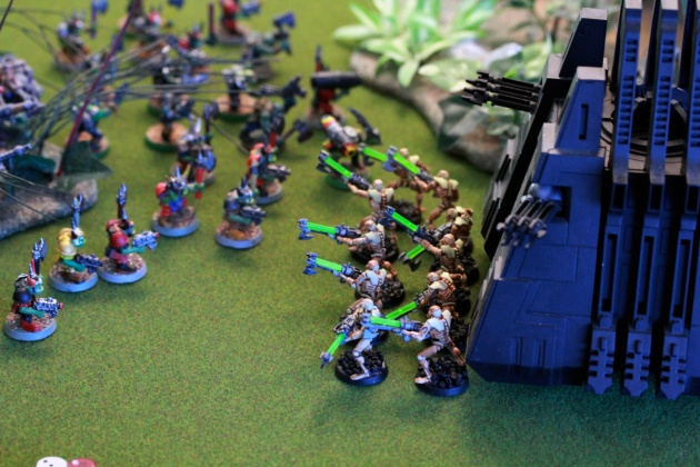Some excellent firing positions after Warriors come out from the Monolith's portal. Those Boyz are the ones that just freed Big Mek from the Scarab swarm.