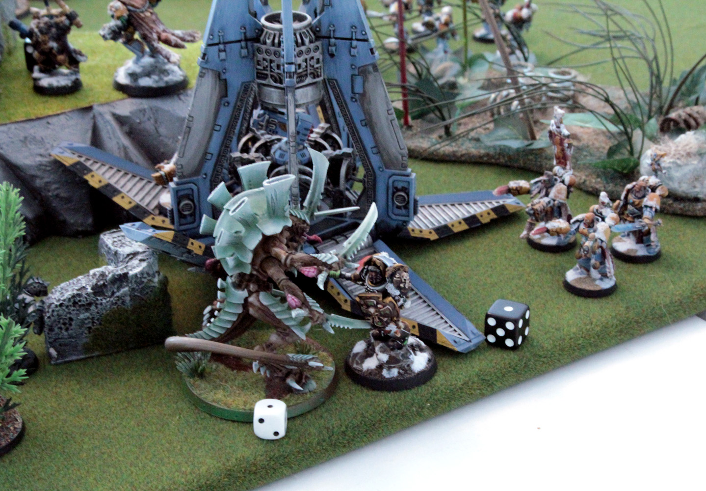 Lone Wolves ain't scared of no stinkin' monsters! And due to the Lone Wolf being immune to Instant Death he actually draws with the Swarmlord.