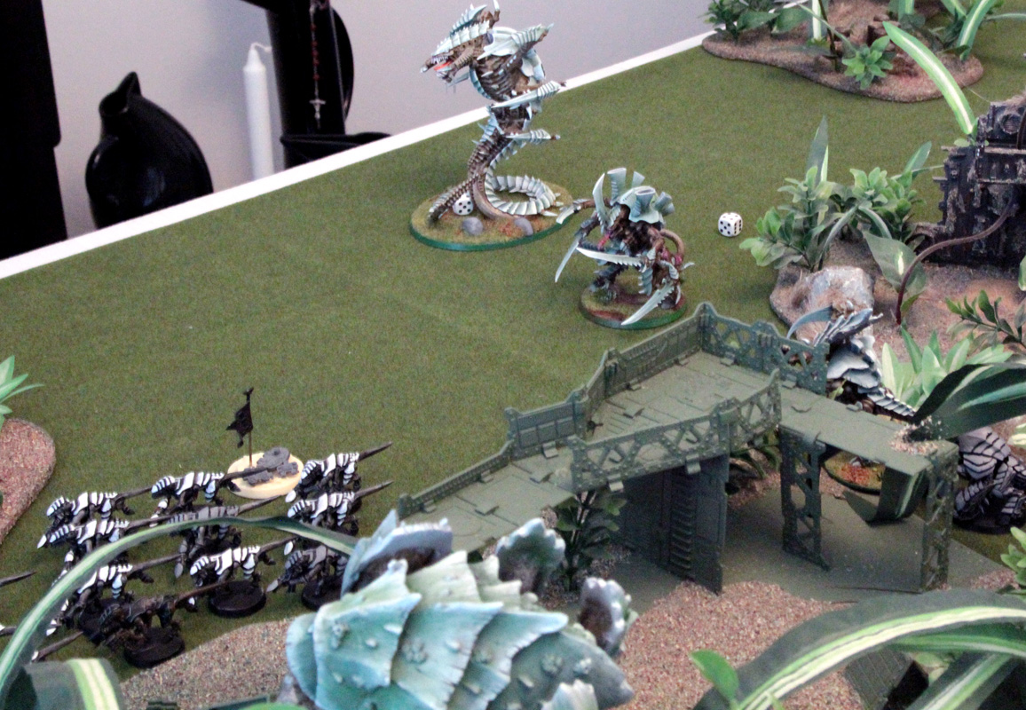End of the line, boys. Trygon Prime has nothing better to do, so it pops open the Whirlwind.